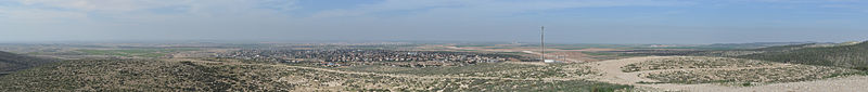 File:2014-02-01-Lehavim-and-surroundings-pano-from-hilltop.jpg