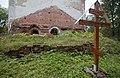20150906 Спас-Ухра. Памятный знак о крещении Серафима Вырицкого в Никольской церкви.jpg