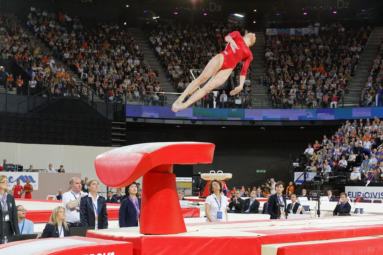 File 2015 european artistic gymnastics championships - Table de saut gymnova ...