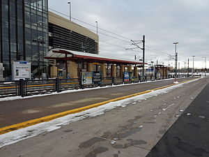 28th Avenue (Metro Transit station) - 28th Avenue station in 2015