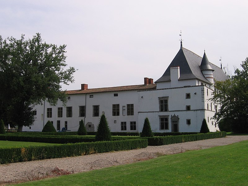 File:42 - La-Bastie-d'Urfé Château.jpg