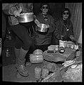 "5.7.65. Les ""recluses"" des grottes de Lacave (Lot) sortent (1965) - 53Fi5109.jpg"