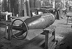 500 kg minbomb m41 tillverkning bak.jpg