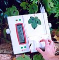 AM300 leaf area meter.jpg