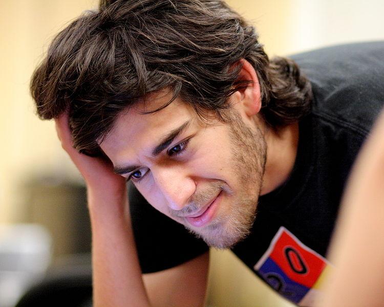 File:Aaron Swartz at Boston Wikipedia Meetup, 2009-08-18.jpg