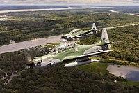 Aeronave A-29 Super Tucano em voo sobre a Floresta Amazônica.jpg