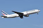 Air France, Boeing 777-228(ER), F-GSPH - CDG (18768780081).jpg