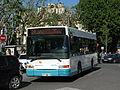 Aix-en-Provence Aix en Bus Heuliez GX 117 n°28111 L14 Rotonde.JPG