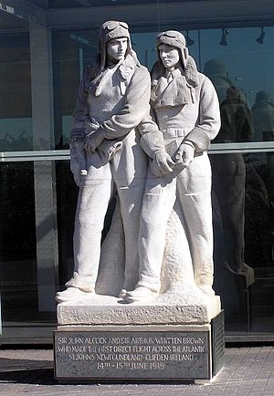 William McMillan (sculptor) - Statue of Alcock and Brown at London Heathrow Airport