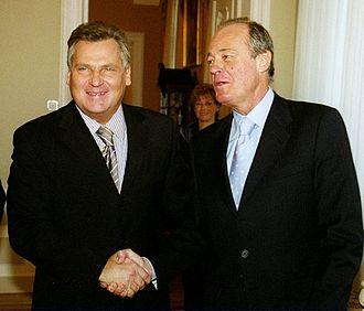 Péter Medgyessy - Medgyessy with President of Poland Aleksander Kwasniewski.