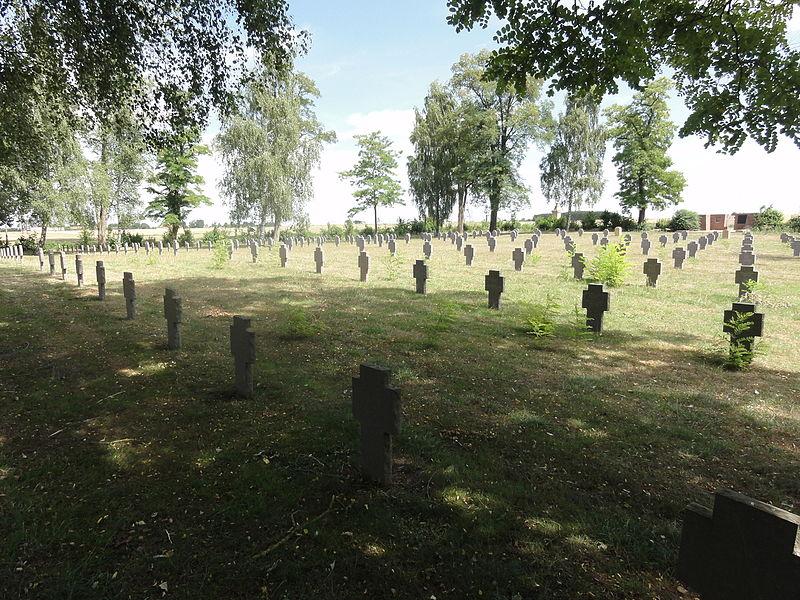 Amel-sur-l'Étang (Meuse) cimetière militaire allemand