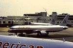 American Airlines B757 at MIA (16134196791).jpg