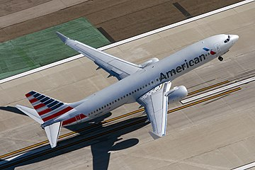 American Airlines Boeing 737-800 takes off at LAX.jpg
