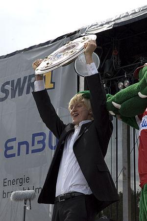 Andreas Beck (footballer) - Beck celebrates winning the Bundesliga with VfB Stuttgart in 2007