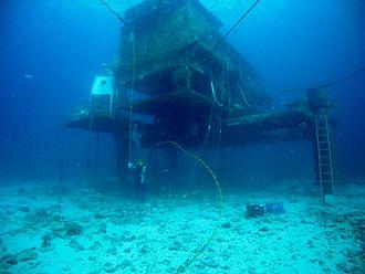 NEEMO - External view of the Aquarius Reef Base