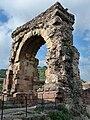Arc romà d'accés al pont (Castellbisbal) - 1.jpg