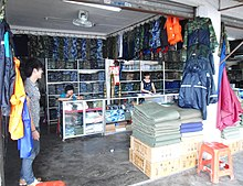 Clothing Store Near Ritas In New City