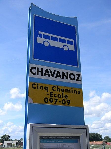 L'arrêt de bus 097-09 (Cinq-Chemin - École) du VFD à Chavanoz.
