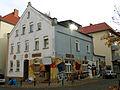 Asternstraße 15, 30167 Hannover Nordstadt, Blick von der Ecke Was Nun auf das ehemalige Zille, die werdende Bar Zensurfrei, rechts der Graffit-Künstler Gero Bittkoven.jpg