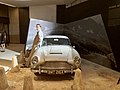 Aston Martin DB5, James Bond 07.jpg