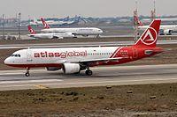 AtlasGlobal Ukraine, UR-AJA, Airbus A320-214 (31965050835).jpg