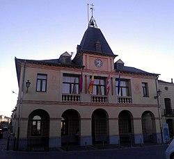 Ayuntamiento de Bernardos.jpg