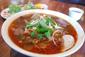 Bún bò Huế - Image: Bún bò huê Dakao Hoang