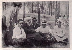 Boruch Ber Leibowitz - Rabbi Boruch Ber Leibowitz with his students