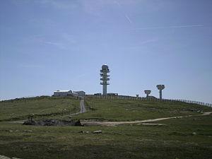Pierre-sur-Haute military radio station - Image: Base militaire de Pierre sur Haute
