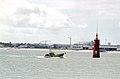 Bateau de pêche dans la baie de La Rochelle (1).jpg