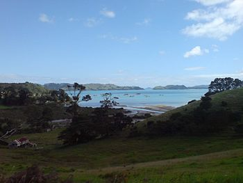 English: Some distanbce south of Coromandel To...
