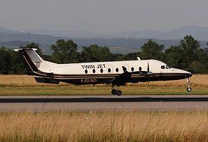 Twin Jet - Twin Jet Beechcraft 1900D