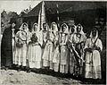 Belokranjski običaji - Izpeljivanje mlade 1914.jpg