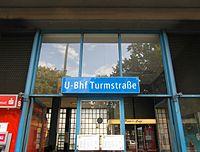 Berlin - U-Bahnhof Turmstraße (9490664990).jpg