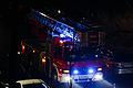 Berliner Feuerwehr in der Silvesternacht 20150101 1.jpg