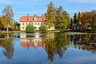 Bjurfors mansion autumn.jpg