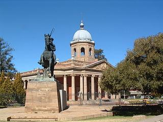 equestrian statue of Christiaan de Wet