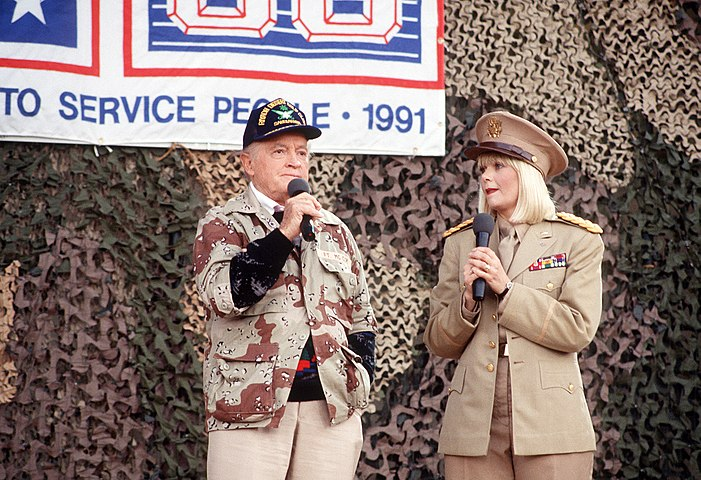 Bob Hope and Ann Jillian.jpg