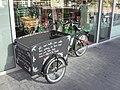 Boekenfietskar - Decorated bicycle trailer for books, Utrecht, 2019.jpg