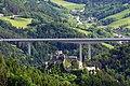 Breitenstein - Burgruine Klamm und Brücke Schottwien.JPG