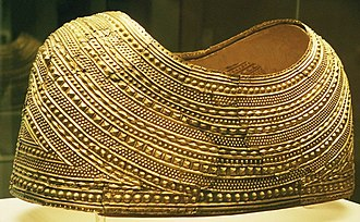 Welsh art - The gold Mold Cape, Bronze Age, 1900–1600 BC