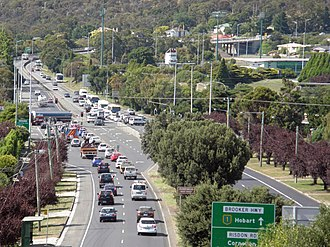 Brooker Highway - The busiest point of the Brooker Highway, The traffic lights at Risdon Road