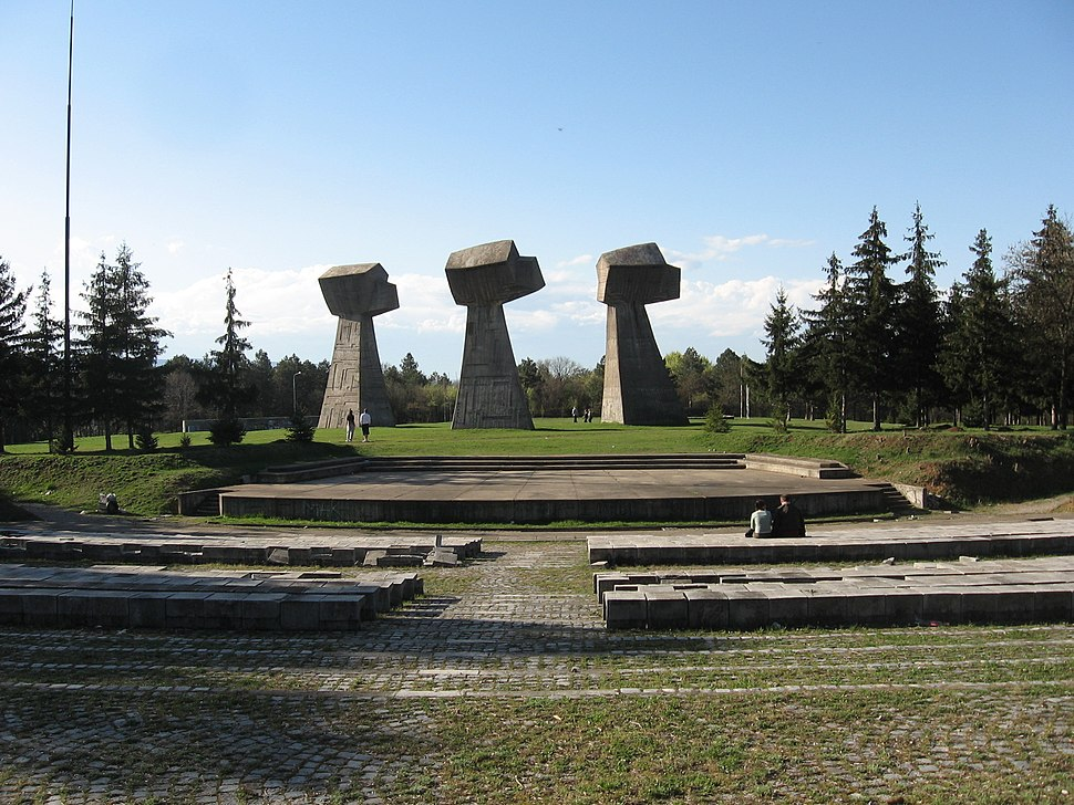 Bubanj-Pesnice sa amfiteatra 2