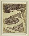 Budapest, Margit-sziget, Park a Margit-fürdő előtt. - Fortepan 82291.jpg