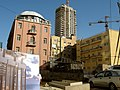 Building on Rothschild st. Tel Aviv - panoramio.jpg