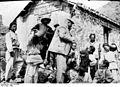 Bundesarchiv Bild 134-B2449, Tsingtau, Wohnung Vorschulte auf To Lo san.jpg