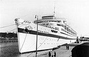 """Bundesarchiv Bild 183-H27992, Lazarettschiff """"Wilhelm Gustloff"""" in Danzig"""