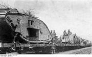 Bundesarchiv Bild 183-P1013-313, Westfront, erbeutete englische Tanks