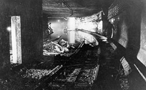 Berlin Nord-Süd Tunnel - Flooded North–South Tunnel 1946
