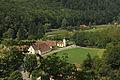 Burgruine Steinegg - Blick auf die Orstkapelle Steinegg.jpg